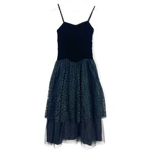 Vintage 80's Velvet and Lace Party Dress